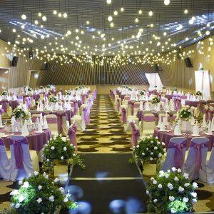 MERCIER - nha hang tiec cuoi - Purple banquet 02