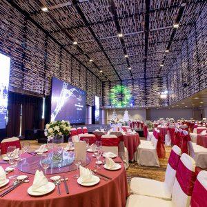 Capella - nha hang tiec cuoi - Red banquet 1
